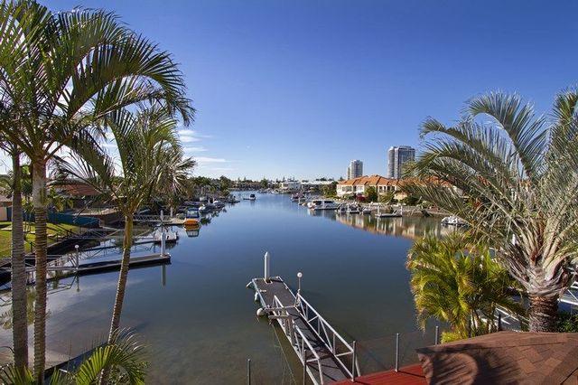 103 Morala Avenue, Runaway Bay QLD 4216