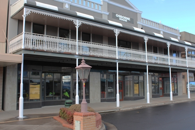 66 George St, Bathurst NSW 2795
