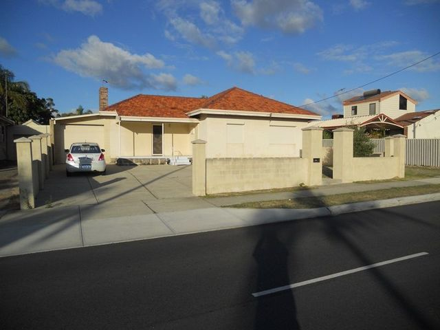 216 Flinders Street, Yokine WA 6060