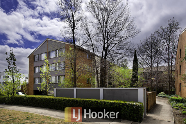 15/99 Canberra Avenue, Griffith ACT 2603