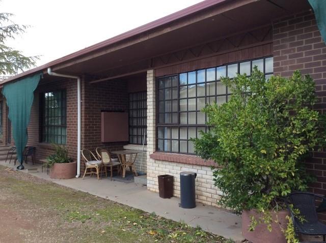 2/114 Deniliquin Street, Tocumwal NSW 2714