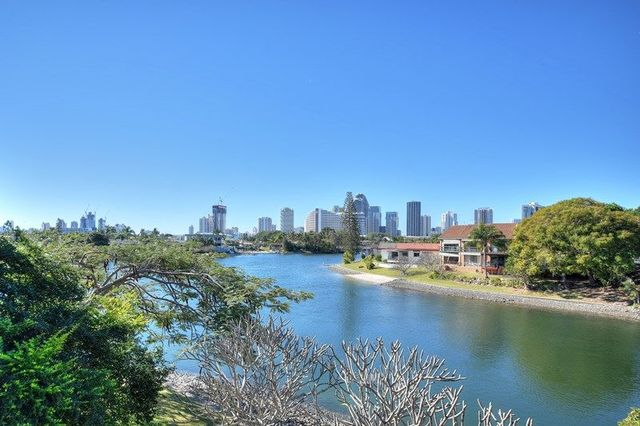 3/47 Hooker Boulevard, Broadbeach Waters QLD 4218