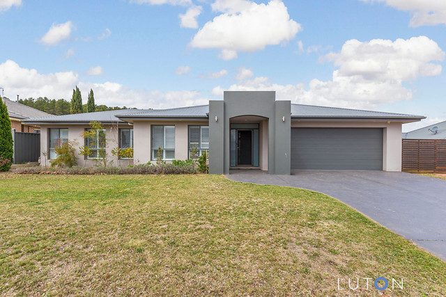 49 McCusker Drive, NSW 2621