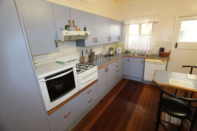 162 Alfred Street, Charleville QLD 4470