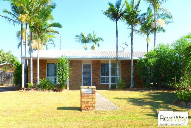 10 Cliveden Ave, Point Vernon QLD 4655