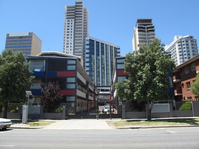 23/122 Terrace Road, Perth WA 6000