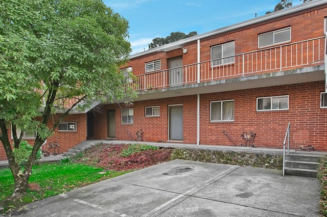 18/10-16 Wetherby Road, Doncaster VIC 3108