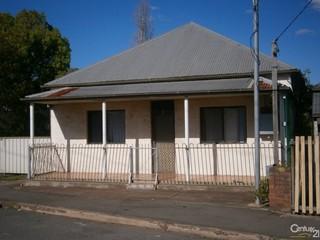 28 Hannan Street Maitland NSW 2320