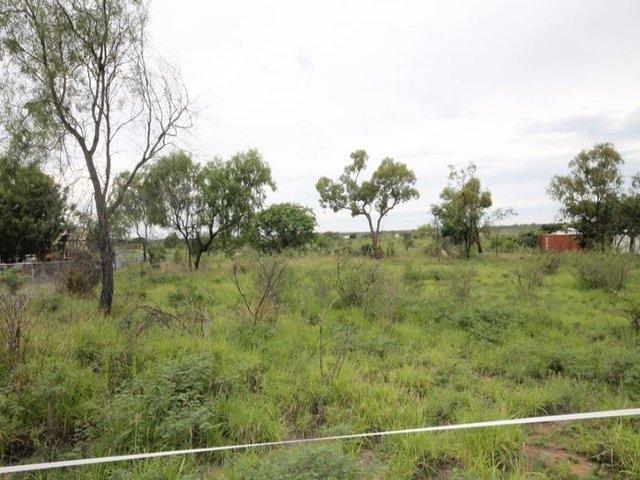 41 Clara Road, Mosman Park QLD 4820