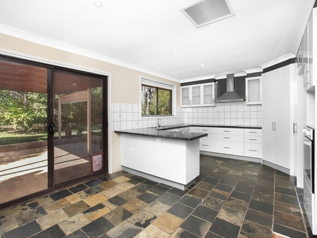 33 Ligar Street, Hill Top NSW 2575