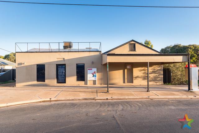 573 Deakin Avenue, Mildura VIC 3500