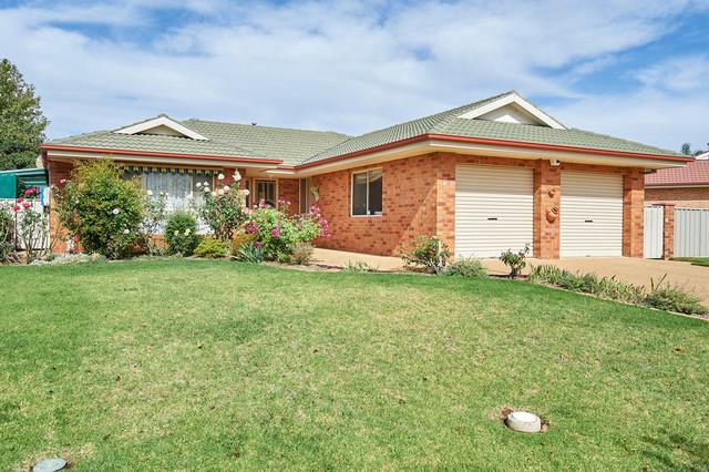 16 Wonkana Road, Glenfield Park NSW 2650