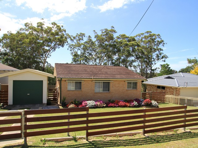 102 River Road, Sussex Inlet NSW 2540