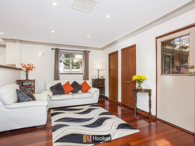 74 Captain Cook Crescent, Griffith ACT 2603