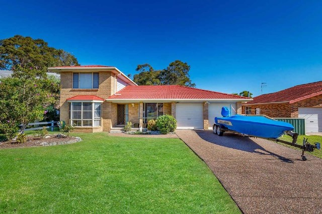 25 Hawaii Avenue, Forster NSW 2428