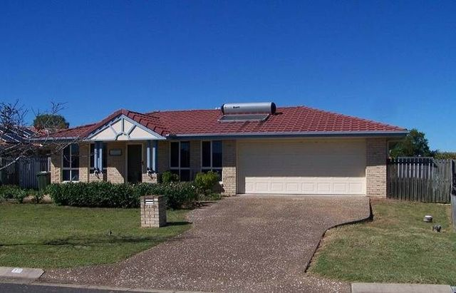 10 Hyperno Road, Point Vernon QLD 4655