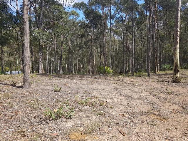 6 Woodlot Place, Batehaven NSW 2536
