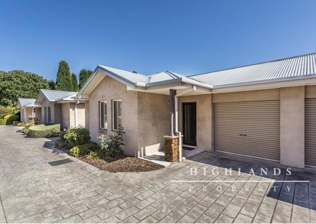 2/29-31 Gordon Road, Bowral NSW 2576