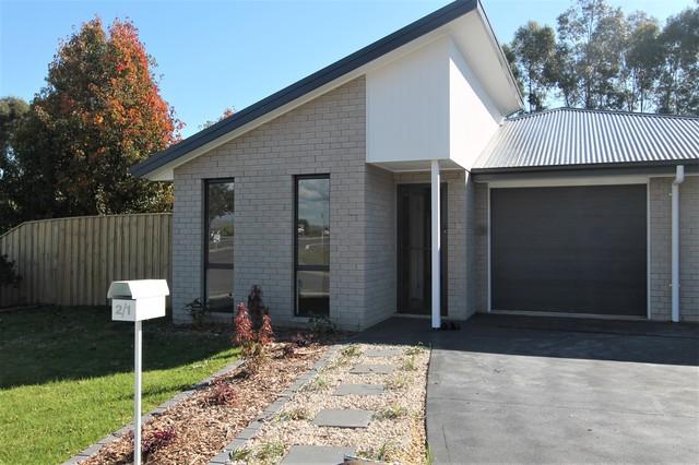 2/1 Saddlers Drive, NSW 2321