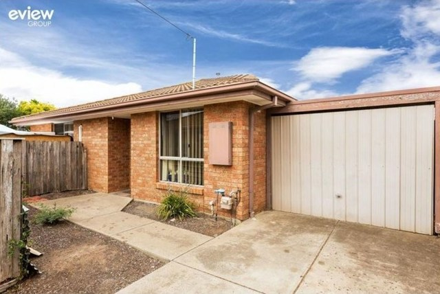 2/15 Callistemon Drive, Hoppers Crossing VIC 3029