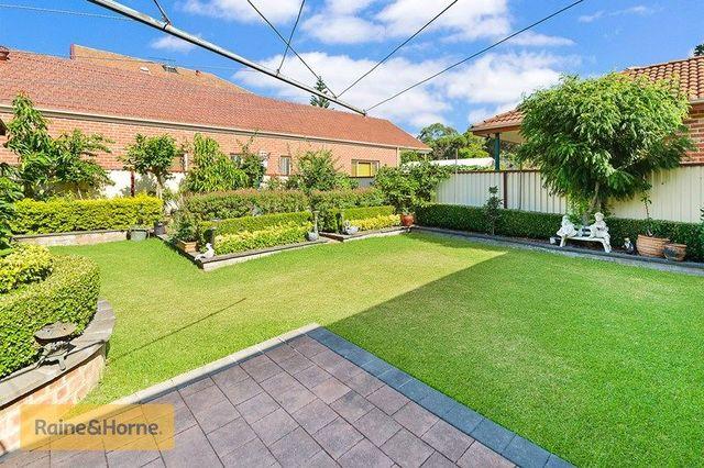 18 Balmoral Avenue, NSW 2133