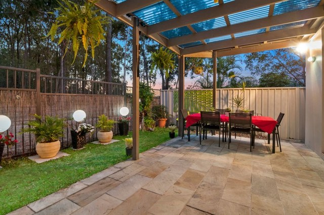 21 Siena Place, Coombabah QLD 4216