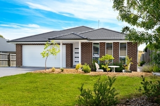 16 Lapwing Place