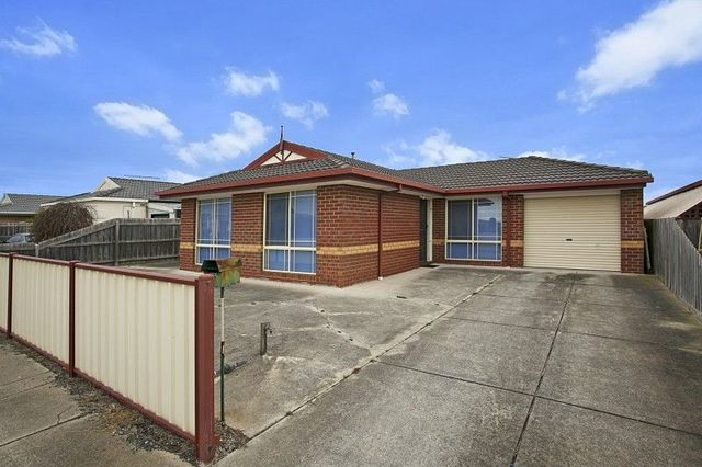 18 Fremantle Road, Sunbury VIC 3429