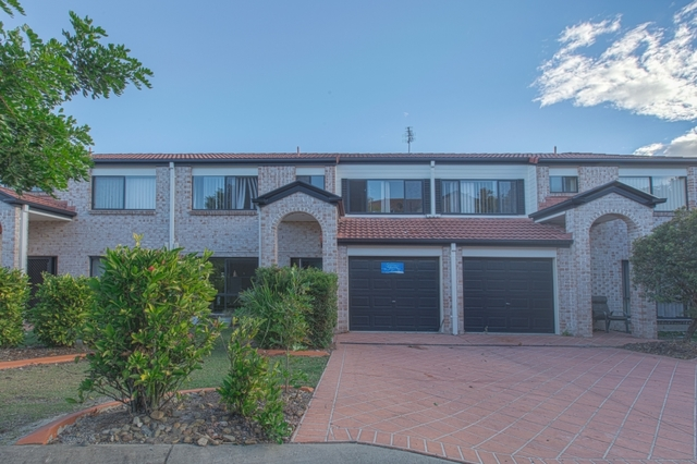 43/141 Pacific Pines Blvd, Pacific Pines QLD 4211