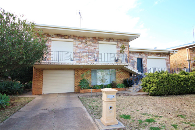 33 Blumer Avenue, Griffith NSW 2680