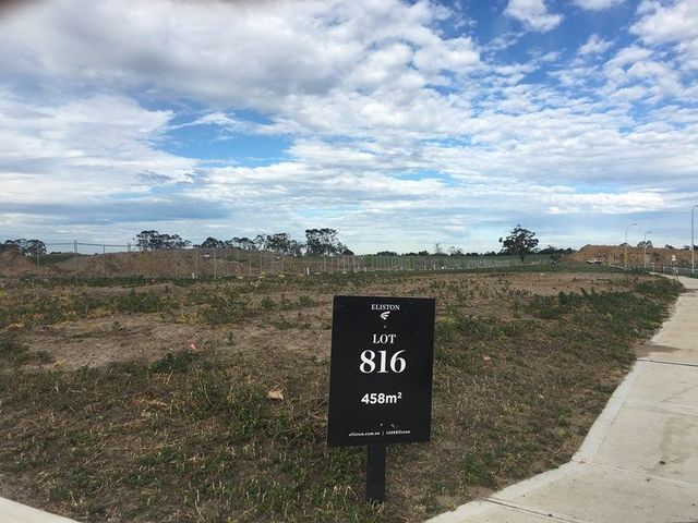 88 (Lot 816) Waterman Drive, Clyde VIC 3978