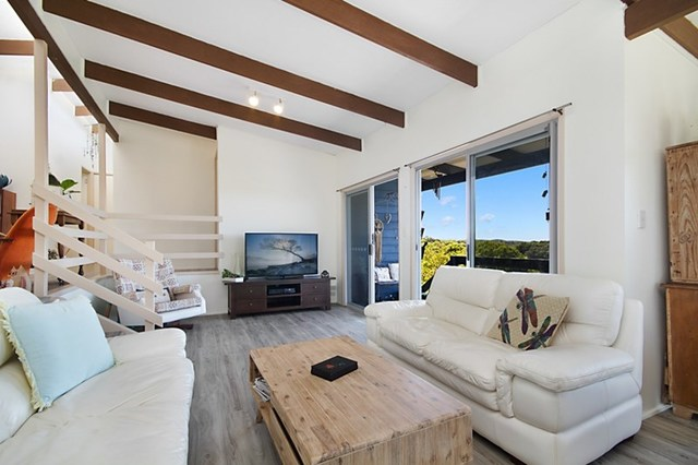 104 Peninsula Drive, Bilambil Heights NSW 2486