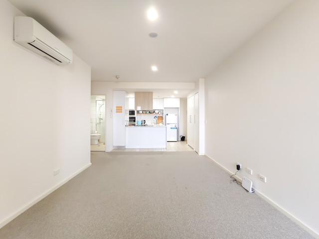 910/120 Eastern Valley Way, ACT 2617