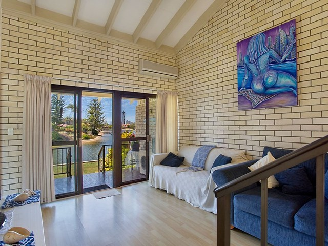 3/59 Hooker Boulevard, Broadbeach Waters QLD 4218