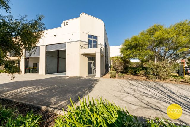 12/6 Frost Dr, Mayfield West NSW 2304