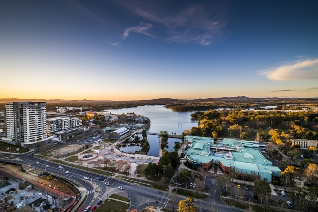 2107/120 Eastern Valley Way, ACT 2617