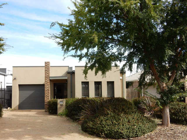 38 Bungle Bungle Crescent, ACT 2914