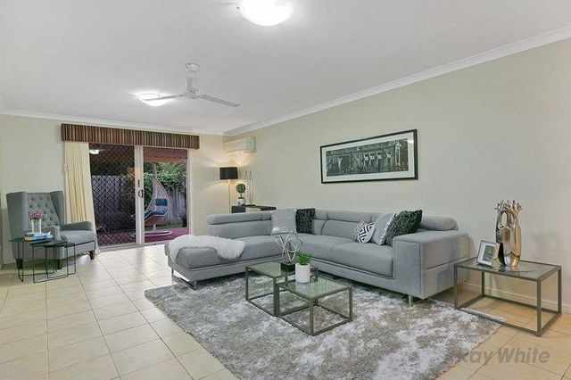 5 Innes Close, Parkinson QLD 4115