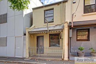 32 Adelaide Street