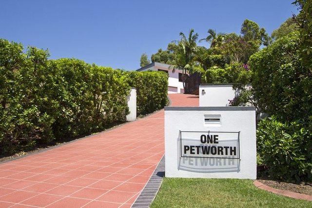 1 Petworth Court, Arundel QLD 4214