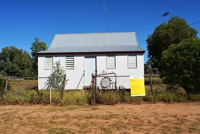 22 Porter Street, Aramac QLD 4726