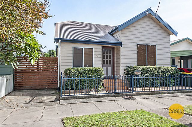 50 Greaves St, Mayfield East NSW 2304