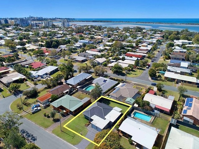 5 Moorshead Avenue, Golden Beach QLD 4551