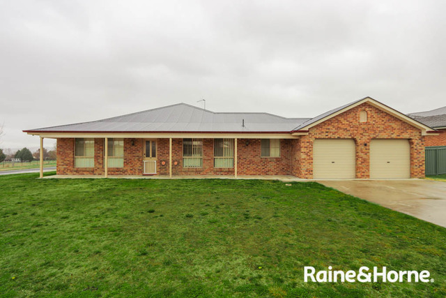 1 Federation Drive, Kelso NSW 2795