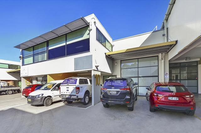 T10/25 Narabang Way, Belrose NSW 2085
