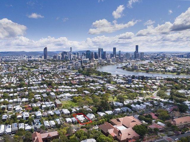 40 Barker Street, East Brisbane QLD 4169