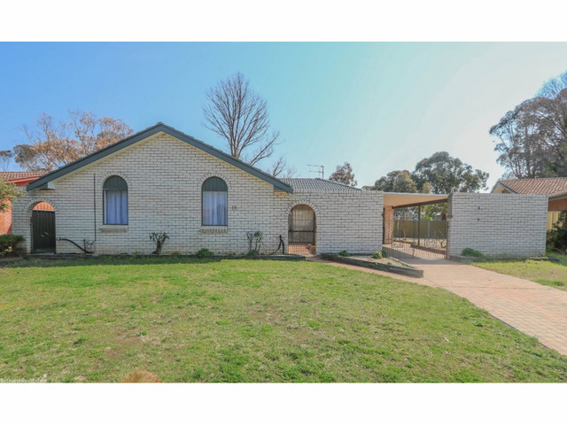 16 Wayside Court, Kelso NSW 2795