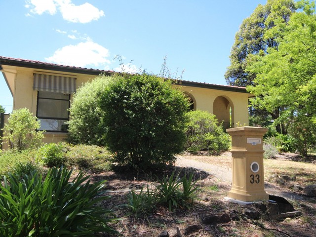 33 Alroy Circuit, Hawker ACT 2614