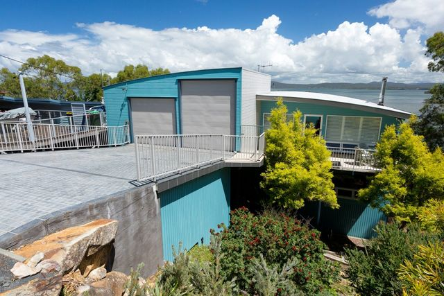 47 Green Point Drive, Green Point NSW 2428