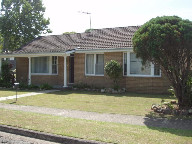 130 Princeton Ave, Adamstown Heights NSW 2289